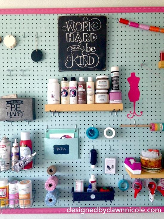 Peg board, craft room inspiration, craft peg board, peg board organizing, Craft room, DIY Craft rooms, DIY craft websites, DIY Home Decor, Organization, Craft Organization,