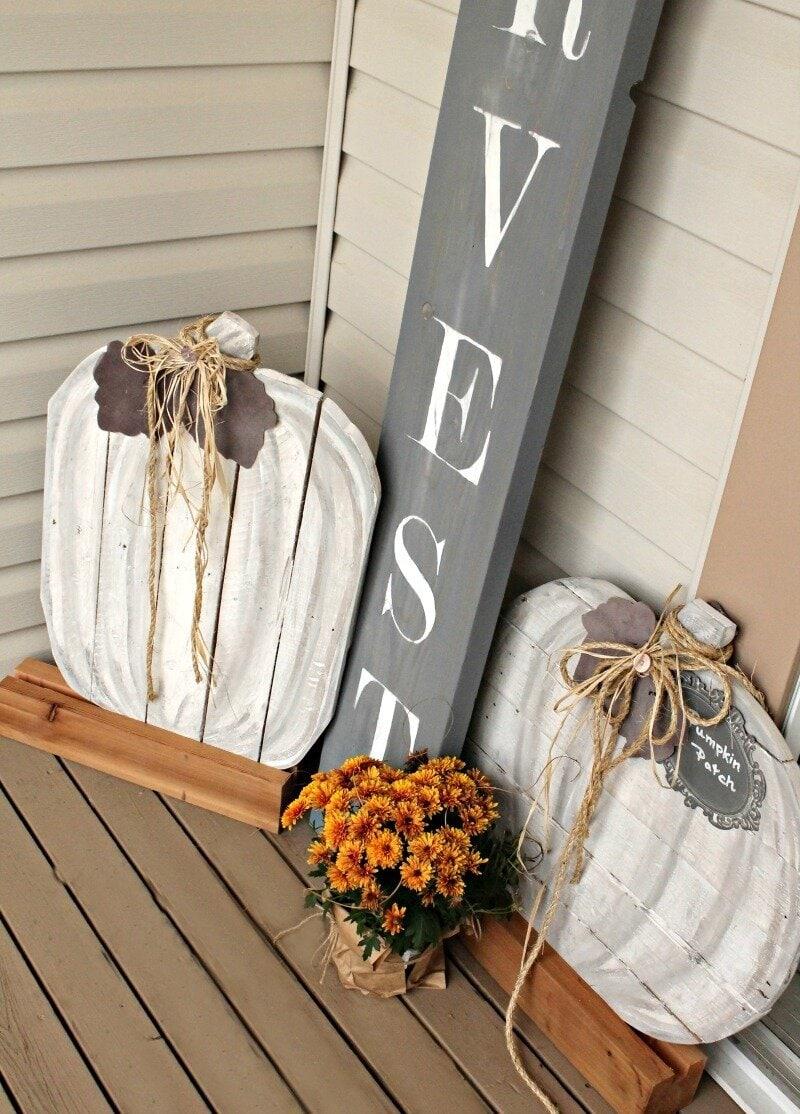 Neutral Pallet Pumpkins For Fall