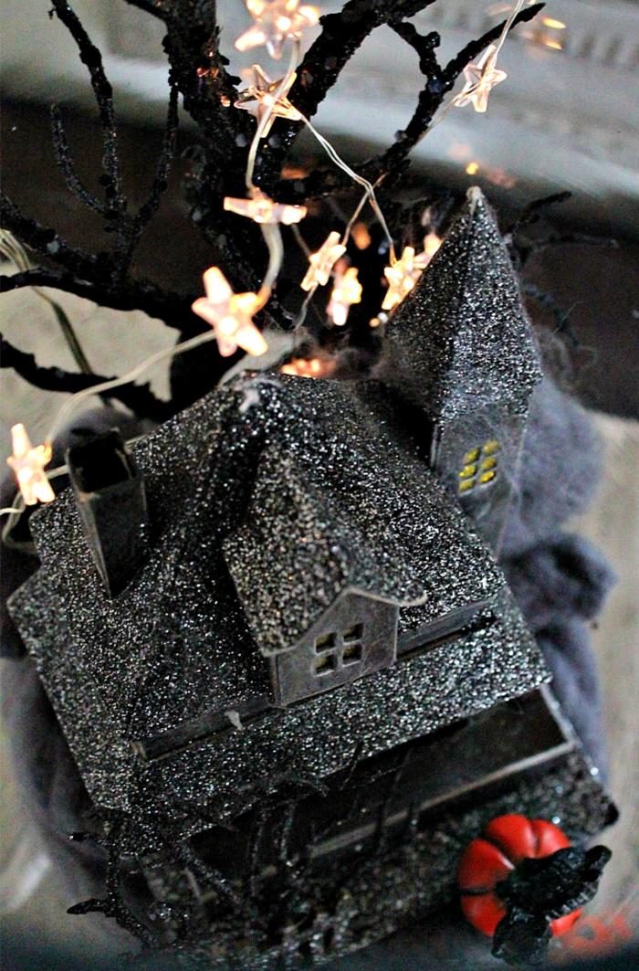 Haunted house inside an Apothecary jar, an easy Halloween decor idea.