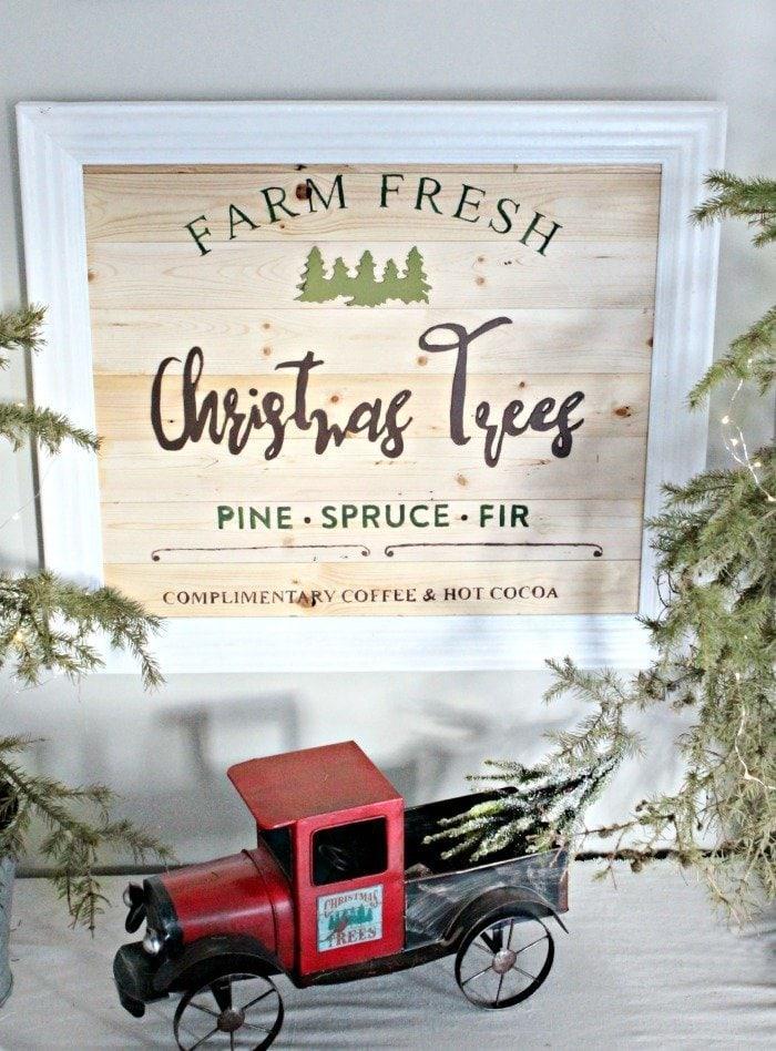 DIY Christmas Tree sign that says Farm Fresh Christmas Trees