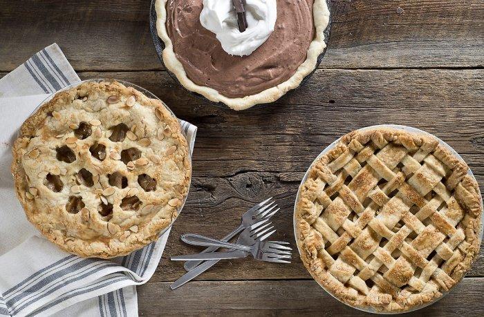 Fancy Pear and Honey Pie Recipe